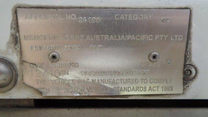 2010 FREIGHTLINER ARGOSY 110 CAB null null White
