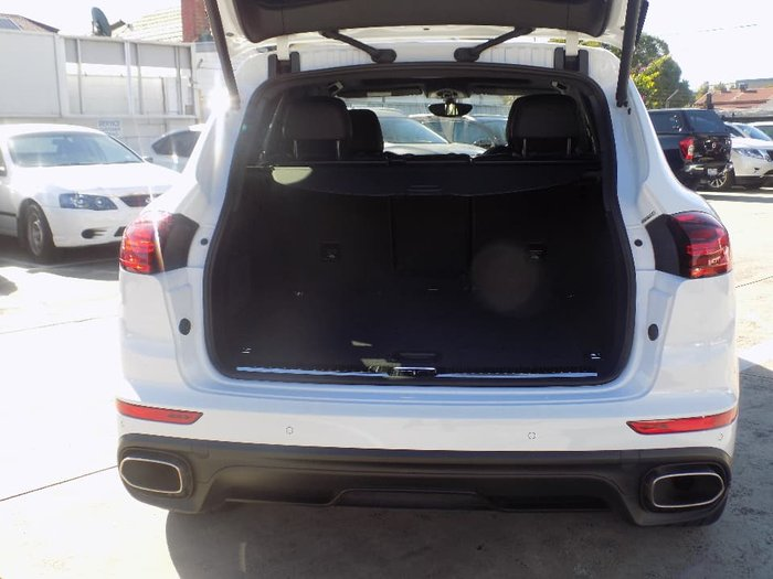 2017 Porsche Cayenne Diesel Platinum Edition 92A MY17 4X4 On Demand White