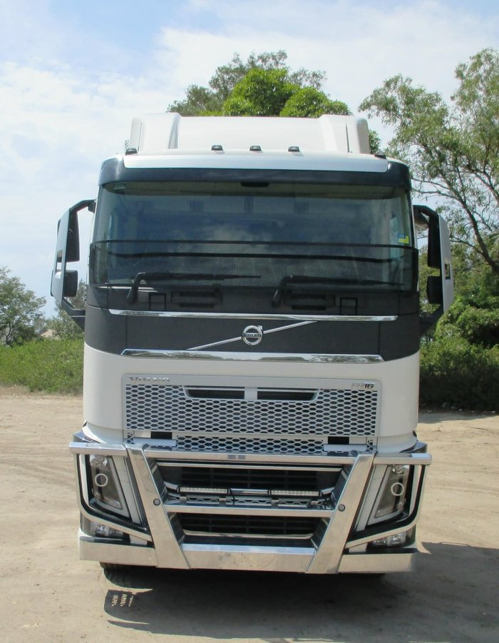 2015 VOLVO FH16 null null White