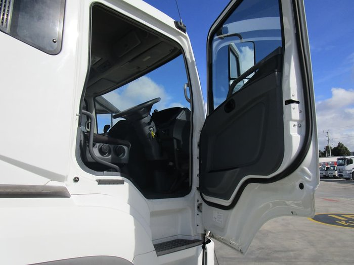 2012 FUSO FP500 null null WHITE