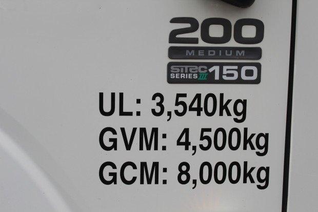 2011 Isuzu Medium Service Body EX COUNCIL White