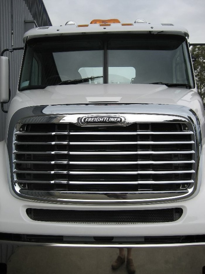 2020 FREIGHTLINER CL112- 8X4 PRICED TO CLEAR null null White