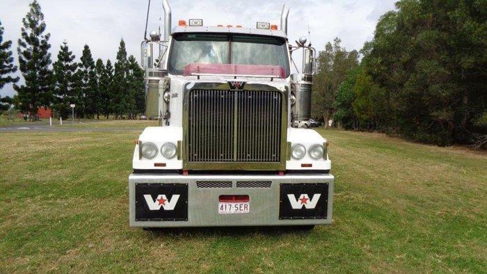 2012 WESTERN STAR 4800 FXC null null White
