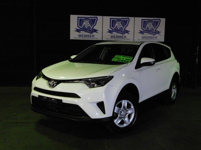 2018 Toyota RAV4 GX ZSA42R Glacier White