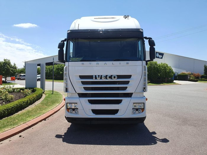 2010 IVECO STRALIS AD500 AS13 null null WHITE