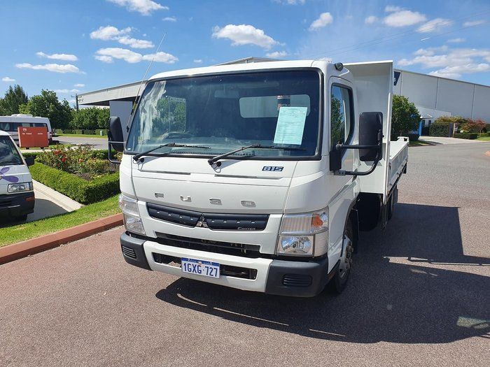 2013 FUSO CANTER 815 WIDE TIPPER null null WHITE