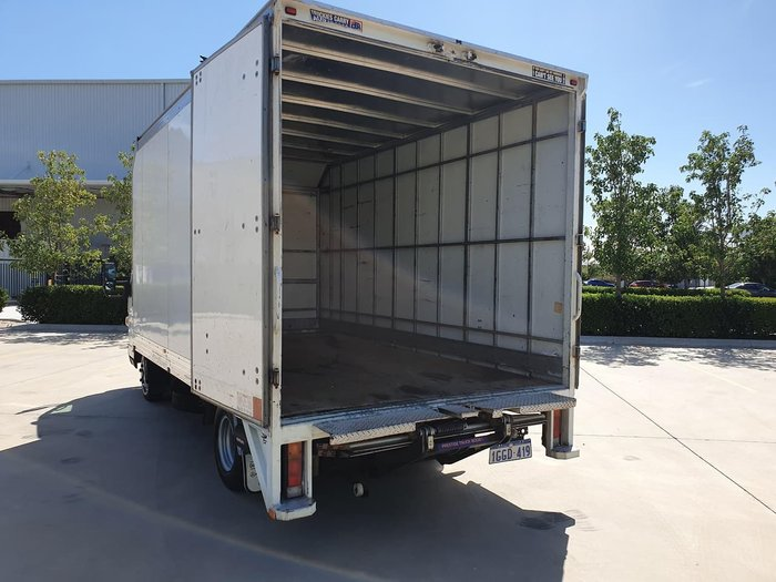 2012 MITSUBISHI CANTER 515 WIDE null null WHITE
