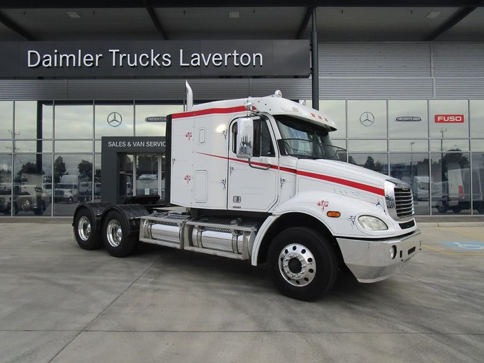 2009 FREIGHTLINER COLUMBIA CL112 ### PTO HYD### null null WHITE