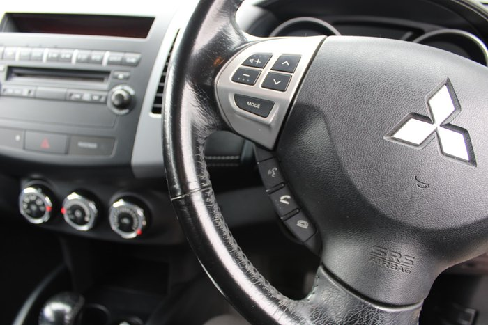 2011 Mitsubishi Outlander LS ZH MY12 Red