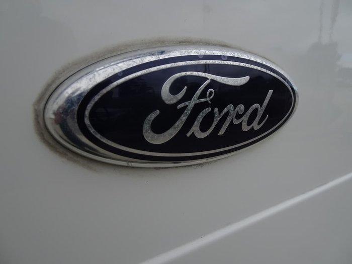 2004 Ford Transit VJ White