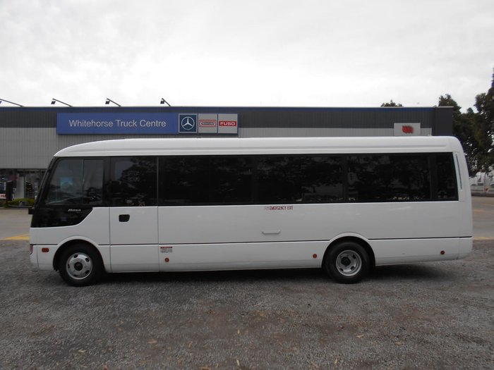 2007 FUSO ROSA DELUXE 25 SEATER null null White