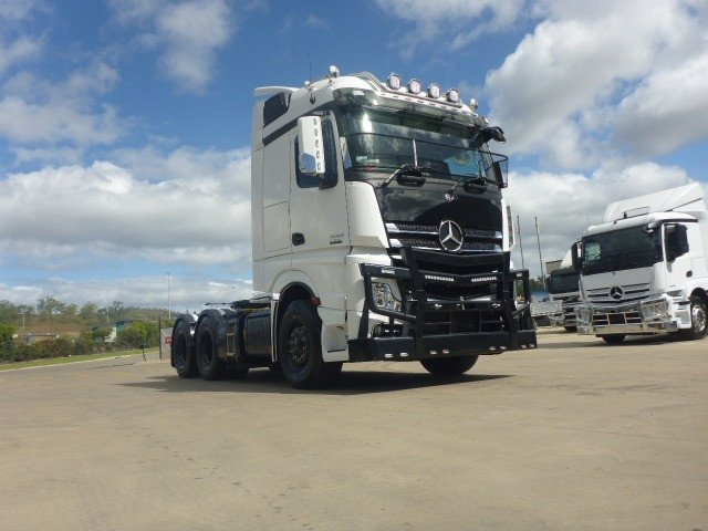 2020 Mercedes-Benz 2653 Actros Classic Space White