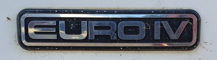 2008 ISUZU NPR300 null null WHITE