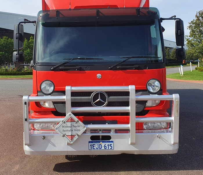 2013 MERCEDES-BENZ ATEGO 2329 null null RED