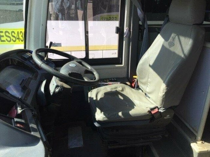 2011 HIGER ROADBOSS 57 SEATS null null White