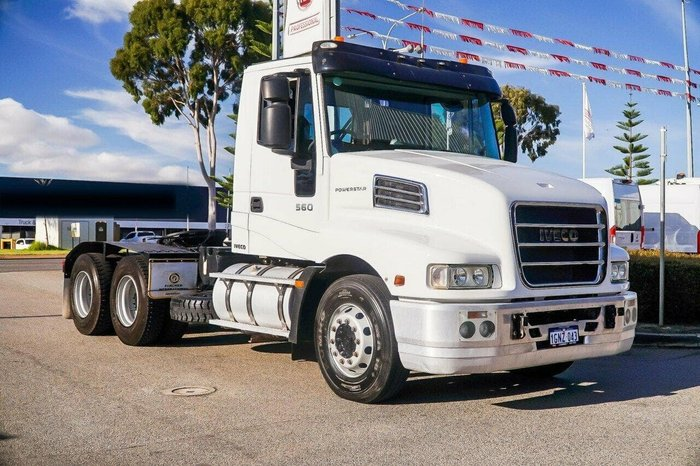 2013 IVECO 560HP AUTO null null White