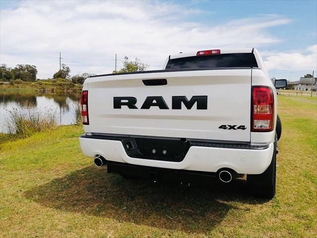 2020 RAM EXPRESS 1500 1500 Express Crew Cab Std Bright White Coat