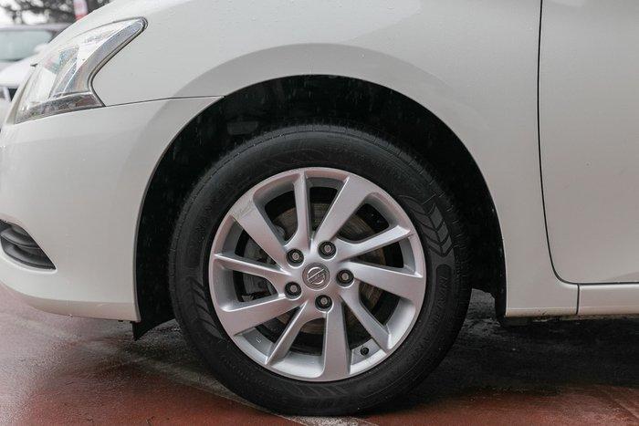 2013 Nissan Pulsar ST B17 White
