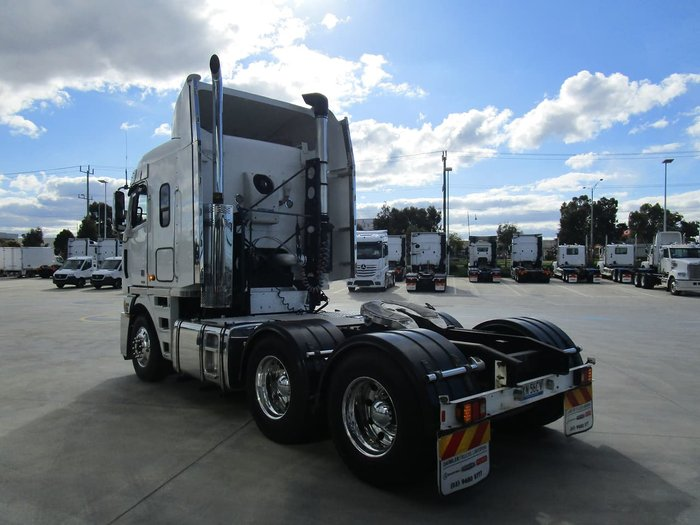 2012 FREIGHTLINER ARGOSY 101 CAB WITH SERVICE HISTORY null null WHITE
