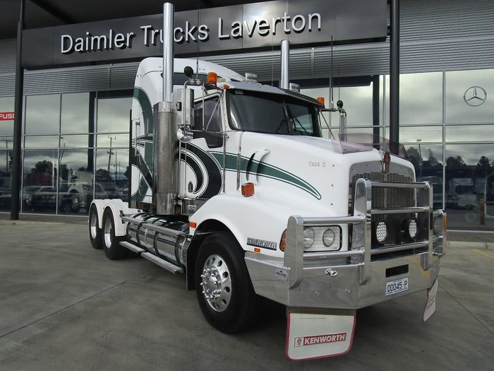 2005 KENWORTH T404S ONLY 54,000KLMS ON ENGINE REBUILD null null WHITE