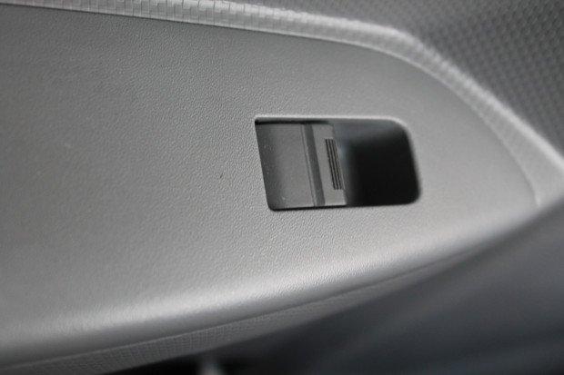 2012 Isuzu NQR450 Pantech White