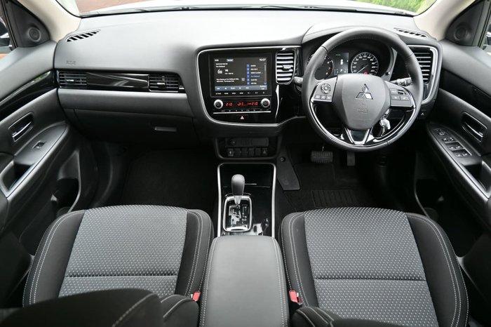2019 Mitsubishi Outlander ES ZL MY20 White