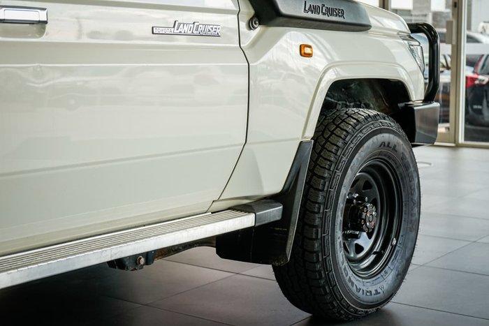 2018 Toyota Landcruiser Workmate VDJ76R 4X4 Dual Range White