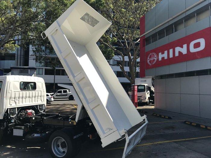 2020 HINO 300 SERIES 616 AUTO IFS TIPPER null null White