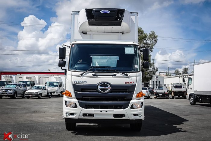 2020 HINO 500 SERIES FL 2628 REFRIGERATED TRUCK null null White