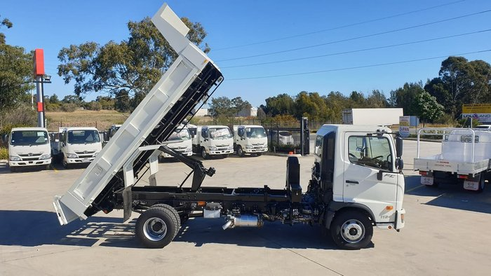 2020 HINO FC 1124 MT TIPPER 4.0 null null White