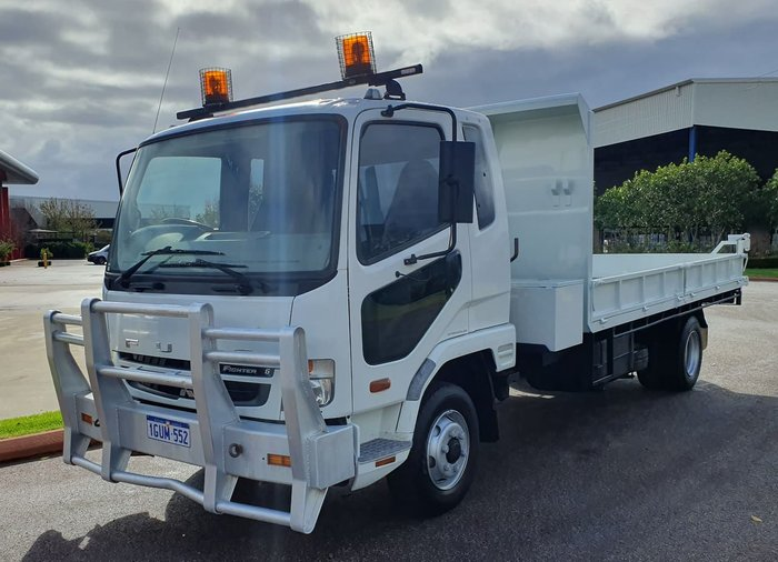2009 FUSO FIGHTER FK6 null null WHITE