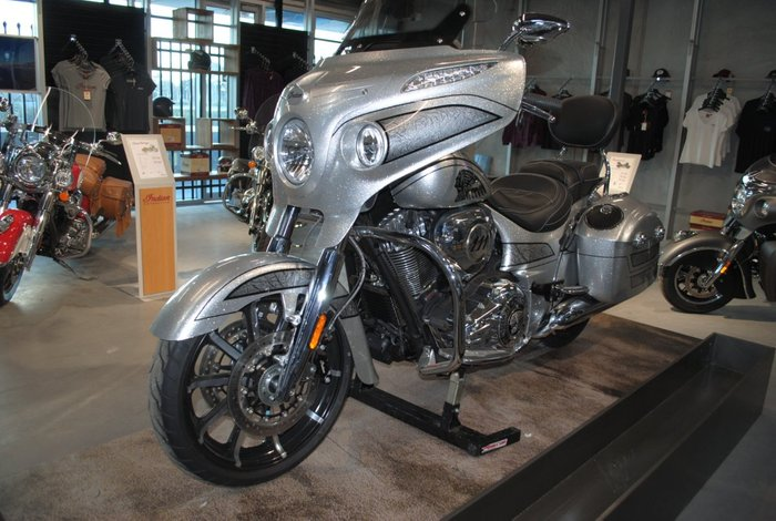 2018 Indian CHIEFTAIN ELITE Silver