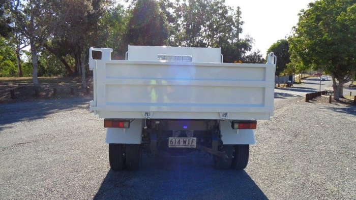 2016 FUSO CANTER null null White