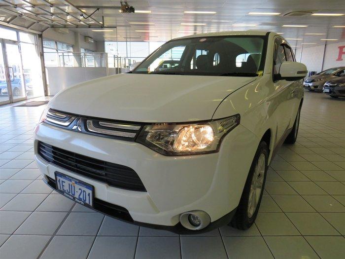 13 Mitsubishi Outlander