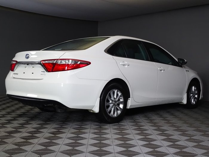 2017 Toyota Camry Altise AVV50R White