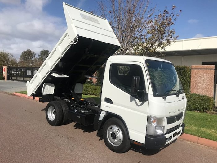2020 FUSO CANTER 615 CITY CAB FACTORY TIPPER null null null