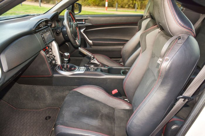 2013 Toyota 86 GTS ZN6 White