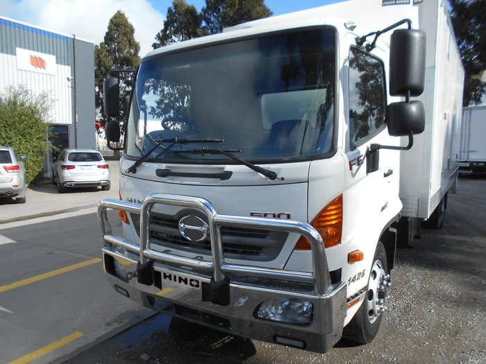2012 HINO FE 1426 null null White