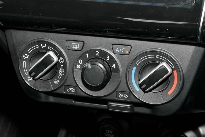 2020 Suzuki Swift GL Navigator AZ Premium Silver
