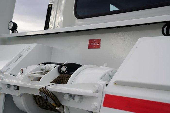 2020 ISUZU FYJ 300-350 XLWB AUTO null null WHITE