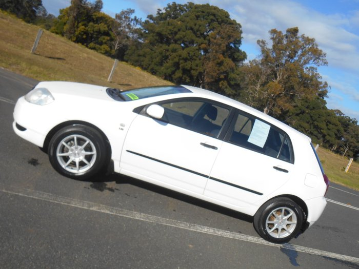 2003 Toyota Corolla Ascent ZZE122R White