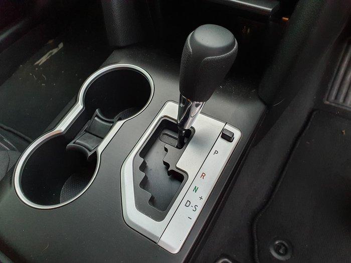 2016 Toyota Camry RZ ASV50R White