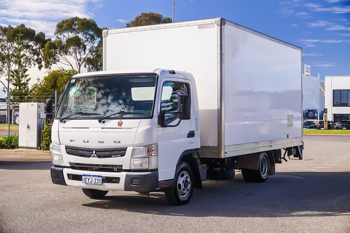 2013 FUSO CANTER null null WHITE