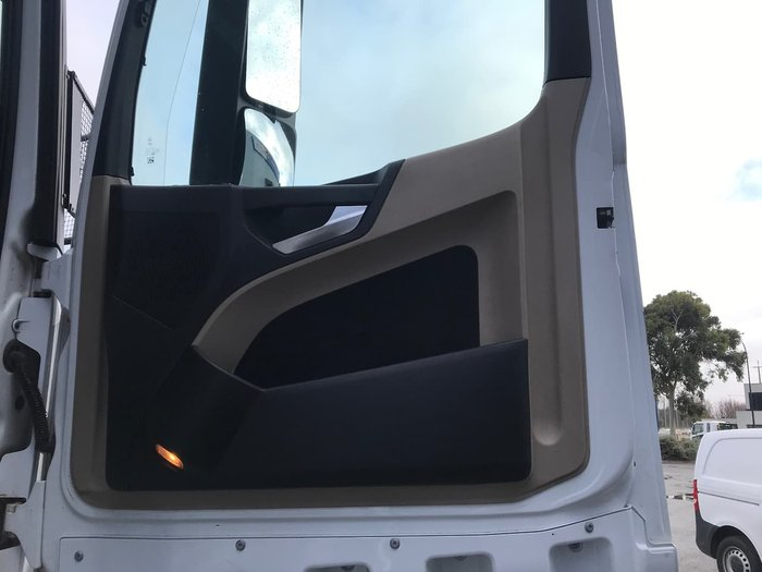 2017 MERCEDES-BENZ ACTROS 2658 null null White