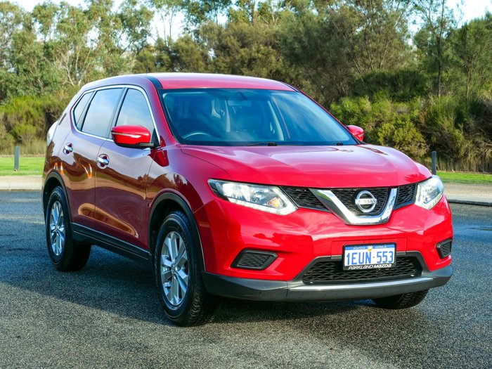 2015 Nissan X-TRAIL ST T32 Red