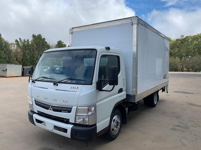 2017 FUSO CANTER 515 PANTECH null null null