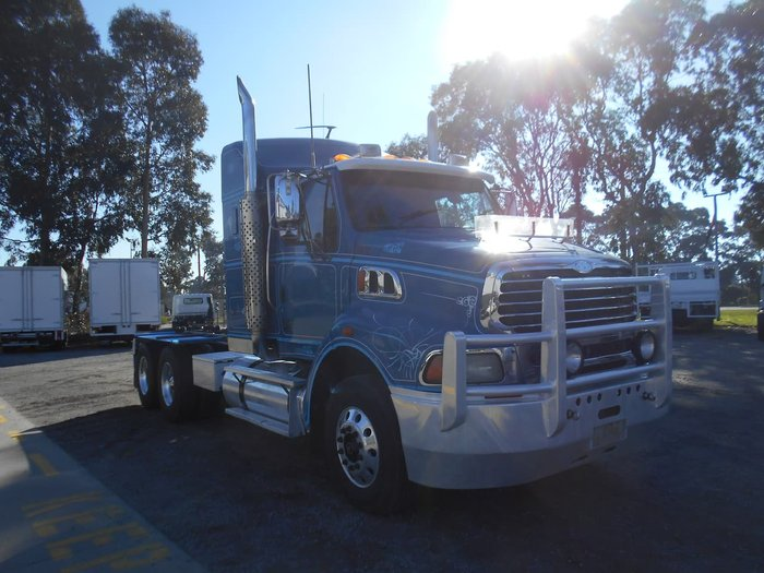 2008 STERLING LT9500 HX null null White