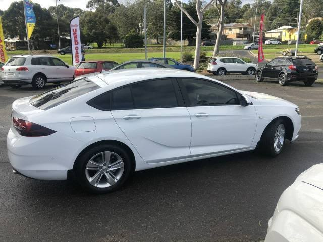 2019 Holden Commodore LT ZB MY19 SUMMIT WHITE