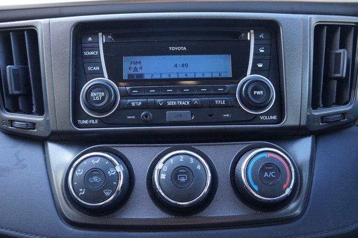 2013 Toyota RAV4 GX ZSA42R White