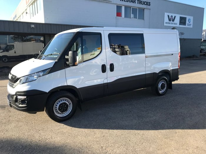 2018 IVECO DAILY 35S13 White